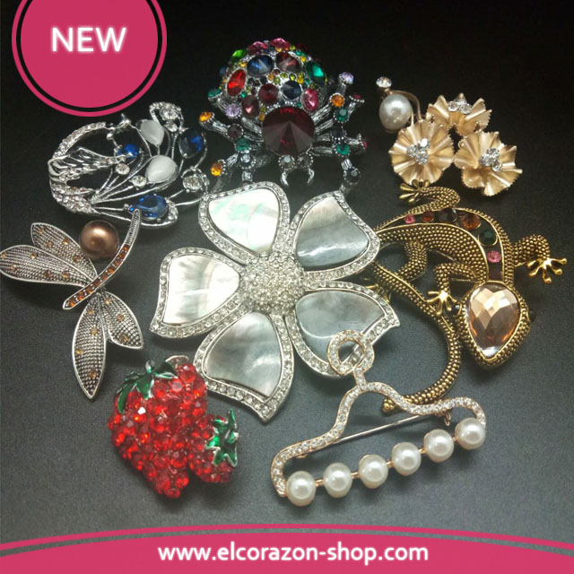 New brooches with rhinestones!